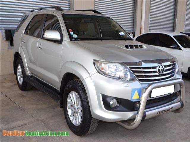 2011 toyota fortuner 3 0d