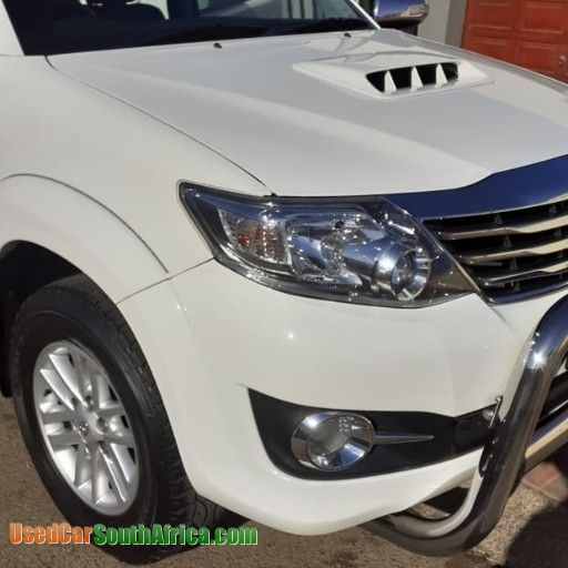 2015 toyota fortuner 2 5d 4d 2x4 used car for sale in